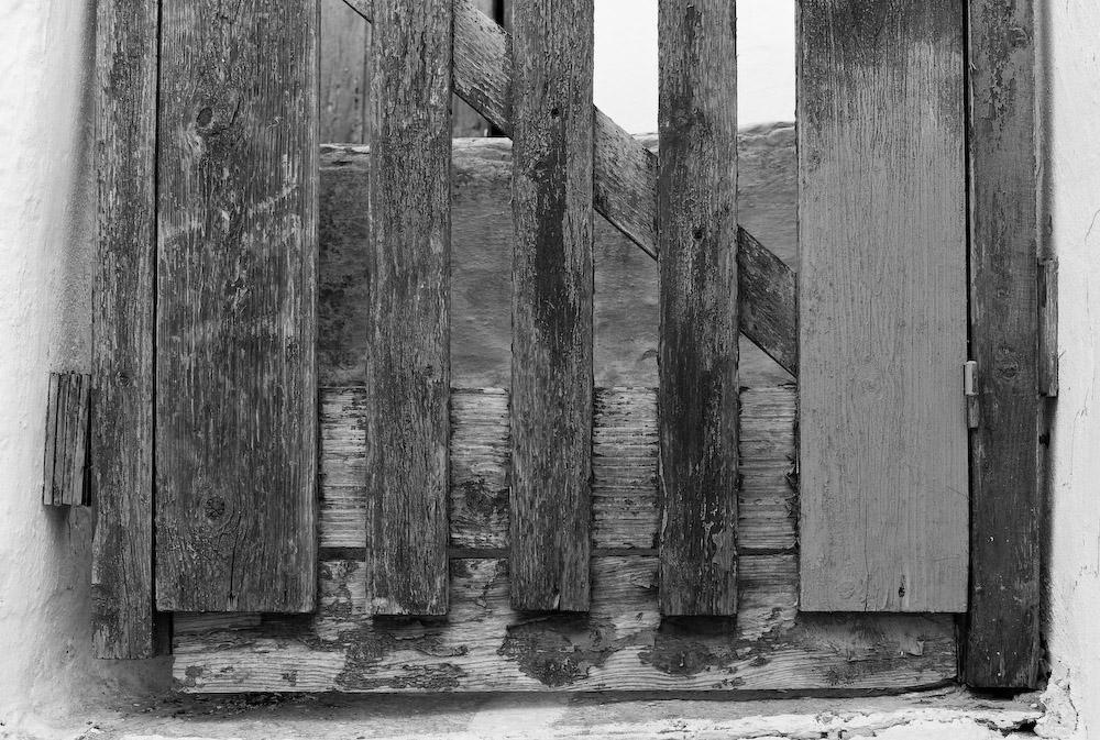 Πόρτα από σπίτι στη Χώρα