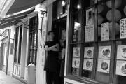 δύο Κινέζοι εγραζόμενοι στην Chinatown